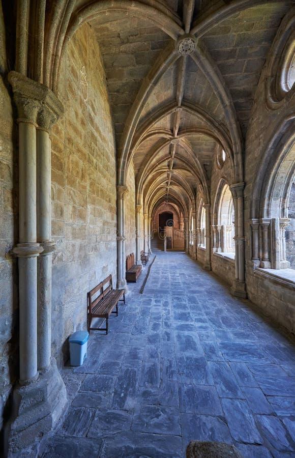 Inre av kloster av domkyrkaSe av Evora portugal royaltyfri bild