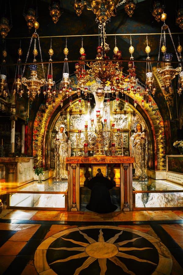 Inre av kyrkan av den heliga griften arkivfoto