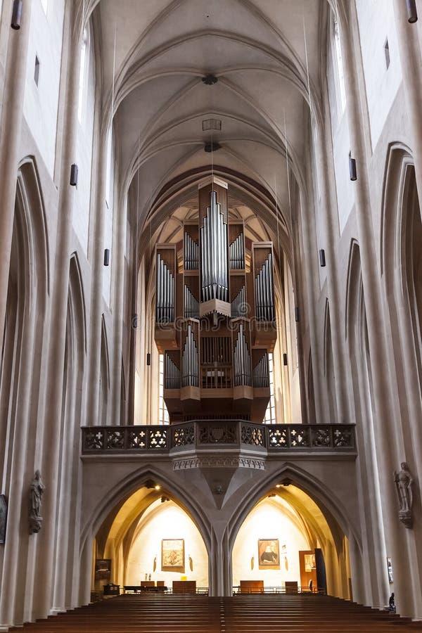 Inre av kyrkan för ` s för St Jacob i Rothenburg obder Tauber, Bayern royaltyfri foto
