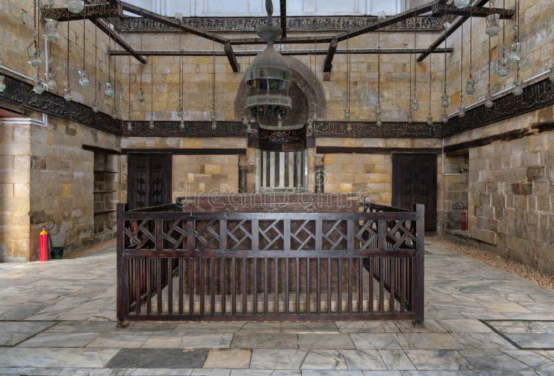 Inre av mausoleet av al-SalihNagm Annons-buller Ayyub i 1242-44, Al Muizz Street, gammal Kairo, Egypten arkivbild