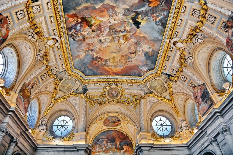 Inre av Royal Palace av Madrid, Spanien royaltyfri fotografi