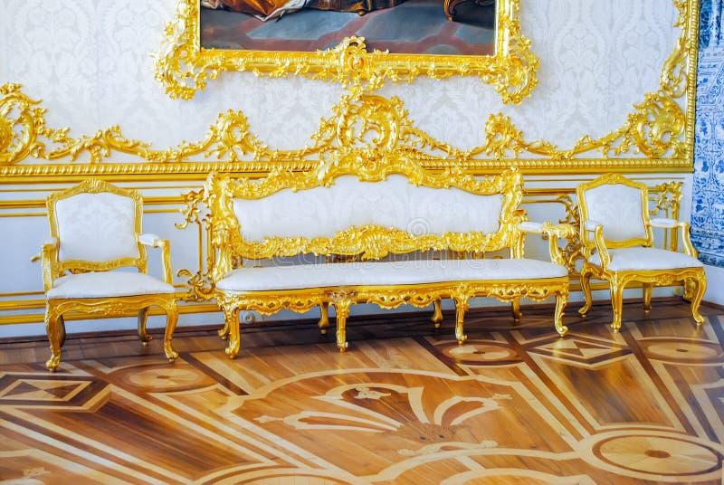 Inre av slotten av Tsarskoye Selo royaltyfri foto