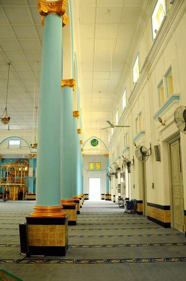 Inre av Sultan Ibrahim Jamek Mosque på Muar, Johor royaltyfri bild