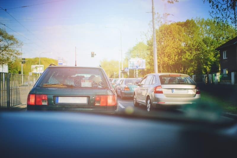 Inre biltrafikstockning på dagtid fotografering för bildbyråer