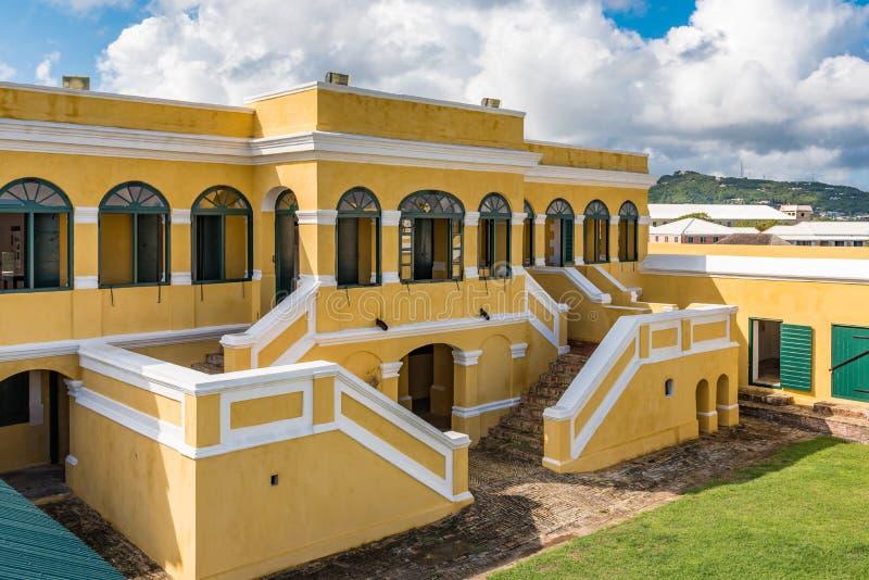 Inre borggård av fortet Christiansted i St Croix Virgin Isl arkivbilder