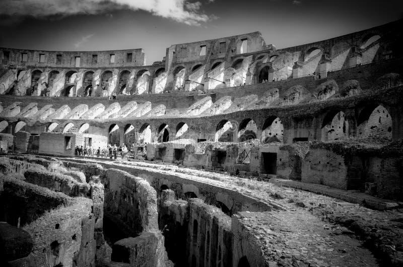 Inre Colosseum i Rome royaltyfria foton