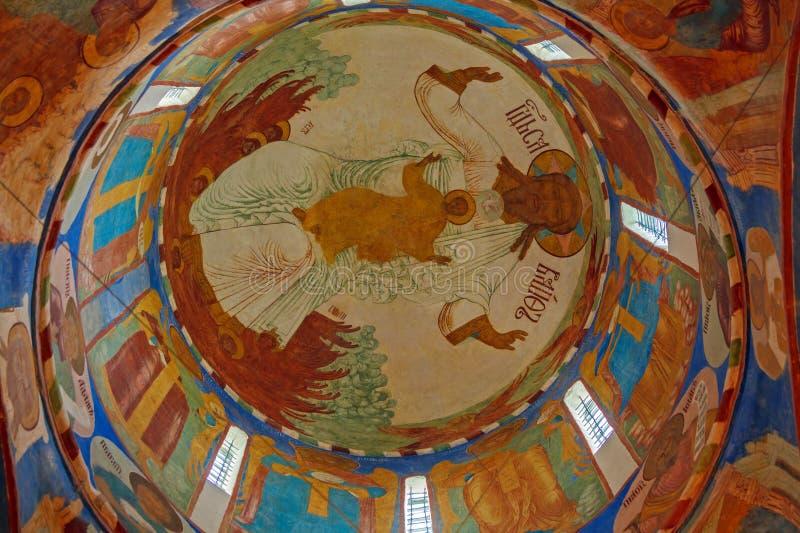 Inre domkyrka av omgestaltning av frälsaren, kloster arkivfoton