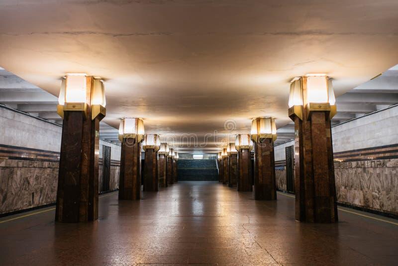 Inre för Kyiv gångtunnelstation arkivfoton
