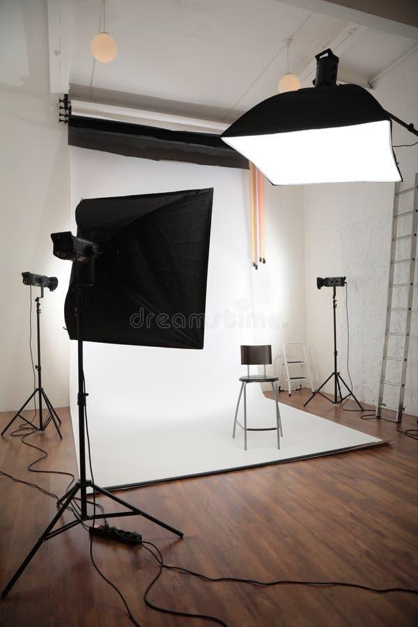 inre fotografisk studio royaltyfria bilder