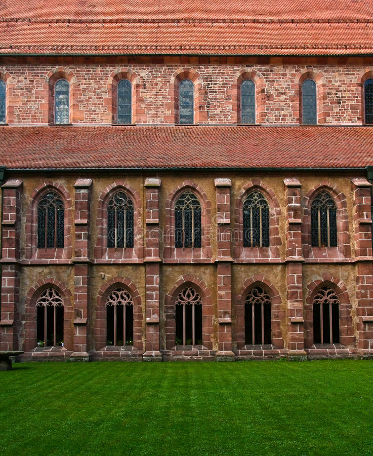 inre gård för kloster arkivbild