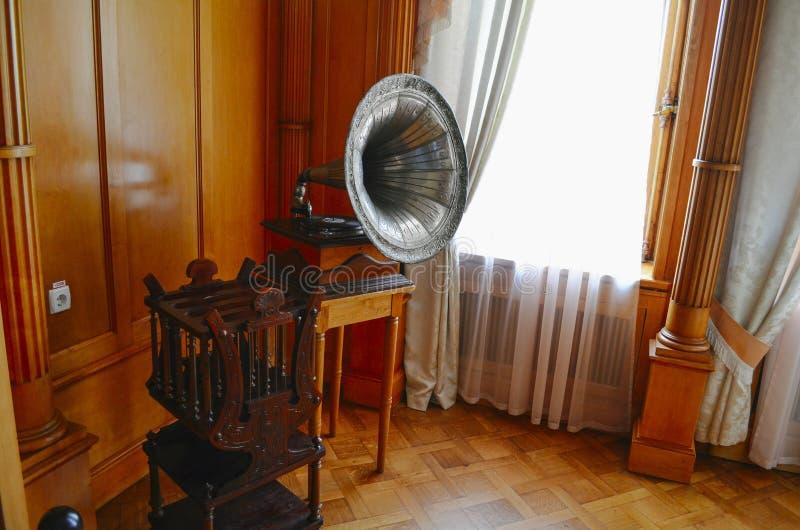 Inre kejsarinna för vardagsrum (budoar) i den Livadia slotten, Krim royaltyfri bild