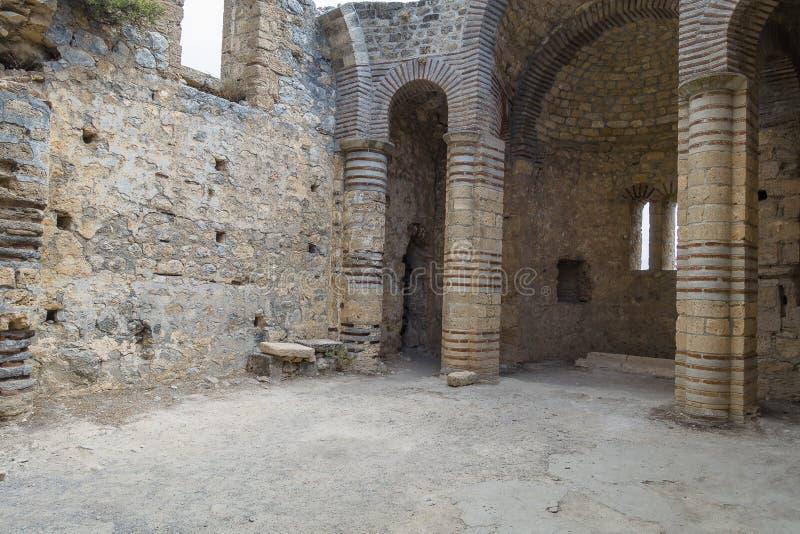 Inre Kyrenia för bysantinsk kyrka slott royaltyfria foton