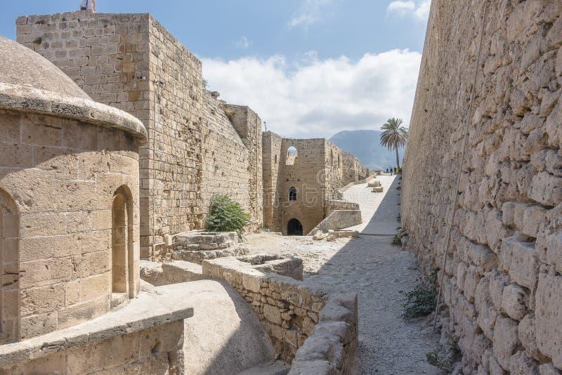 Inre Kyrenia slott royaltyfri foto