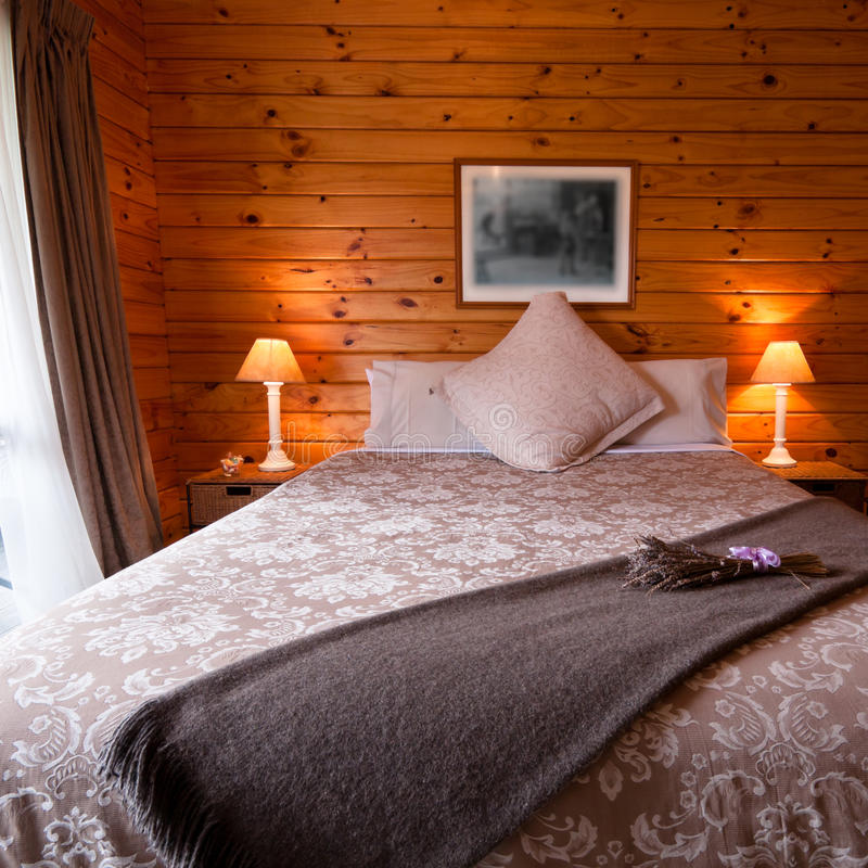 inre loge för sovrumdetalj royaltyfri fotografi