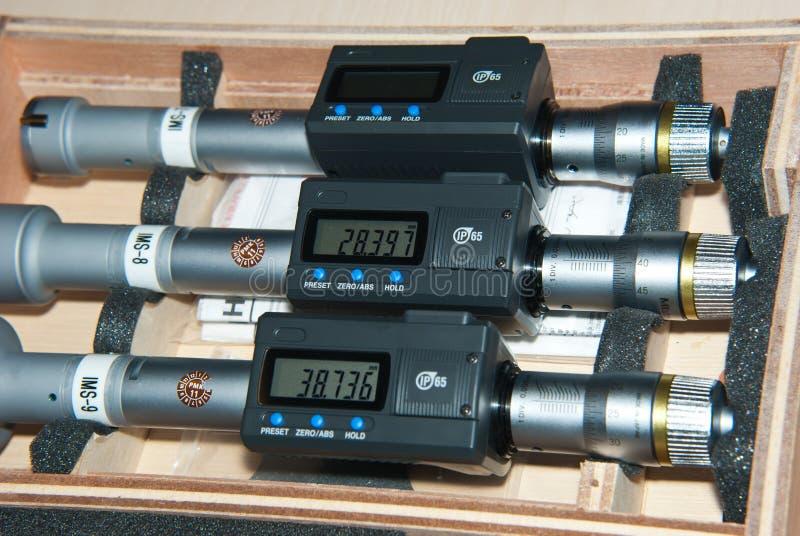 inre mikrometer tre arkivfoton
