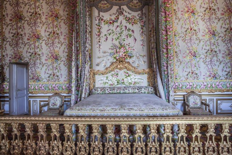 Inre och detaljer av chateauen de Versailles, Frankrike royaltyfria bilder