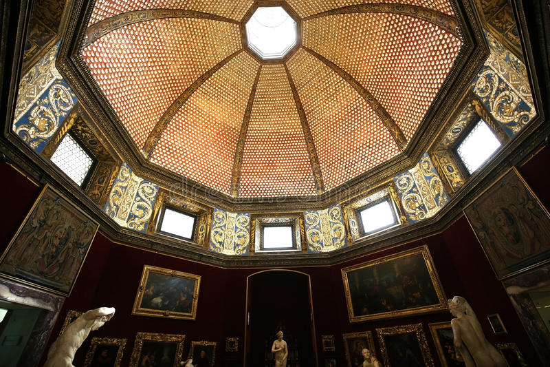 Inre och detaljer av Uffizien, Florence, Italien arkivfoto