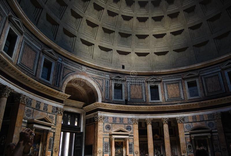 inre pantheon royaltyfria foton