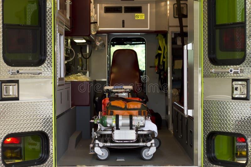 inre räddningsaktionlastbil royaltyfri fotografi