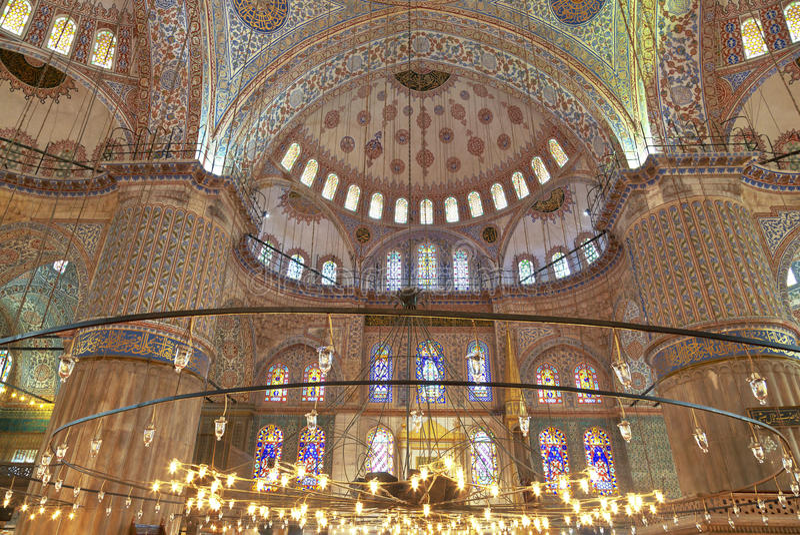 Inre sikt av den blåa moskén arkivfoton