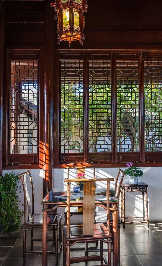 Inre sikt av den Dunedin kinesträdgården i Nya Zeeland arkivbilder