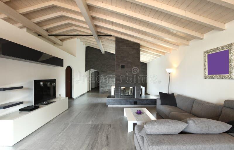 inre stor livingroom arkivfoto