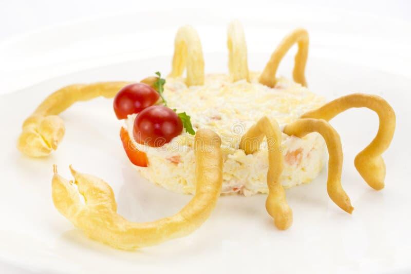 Insalata con formaggio e polpa di granchio immagini stock libere da diritti