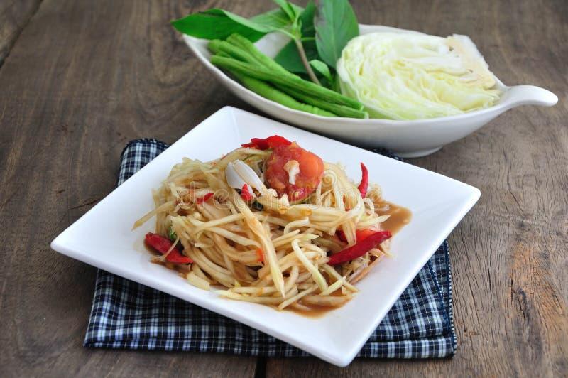 Insalata della papaia, alimento tailandese piccante immagine stock
