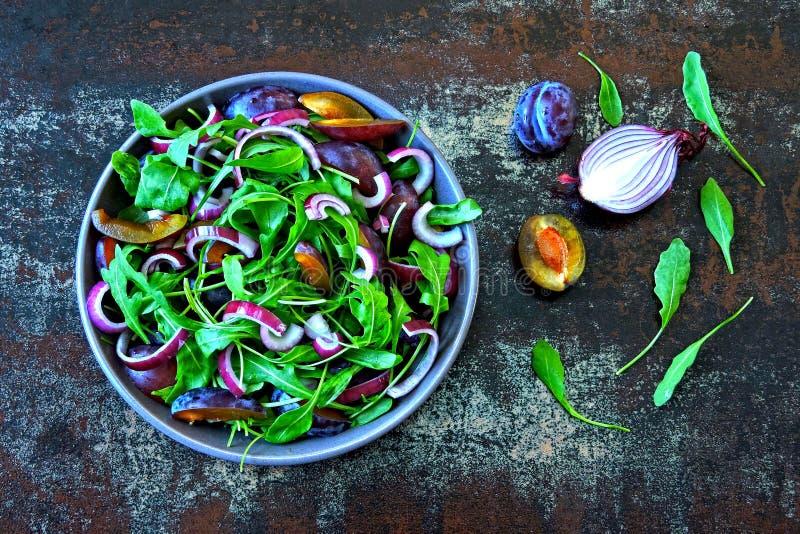 Il Concetto Di Nutrizione Adeguata: L'insalata E La Fetta ...
