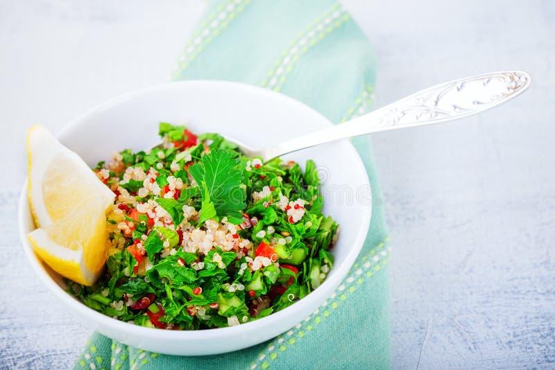 Insalata di tabulé della quinoa fotografia stock