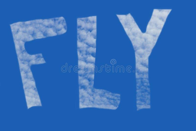 A inscrição da MOSCA no céu criado das nuvens imagem de stock royalty free