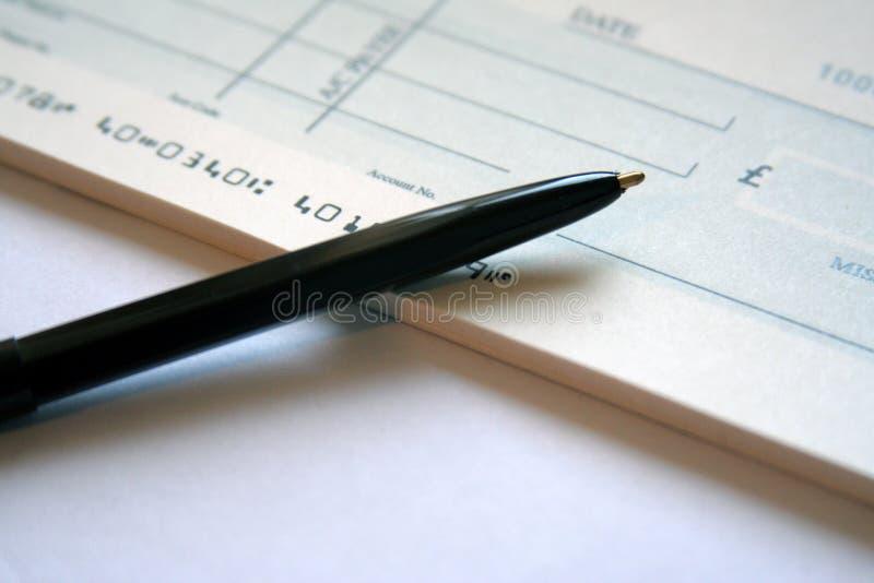 Inscription d'un chèque photo libre de droits