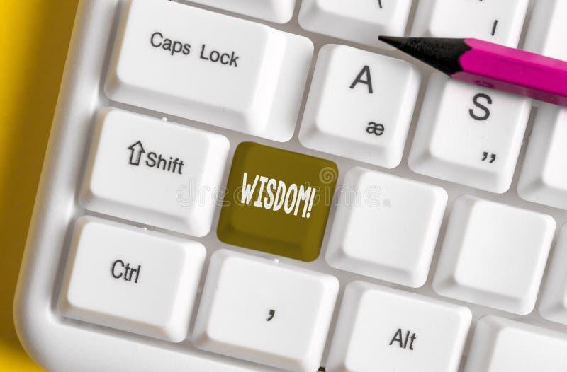 Inscription de la note montrant la sagesse Qualit? de pr?sentation de photo d'affaires ayant la connaissance d'exp?rience et le b photo libre de droits