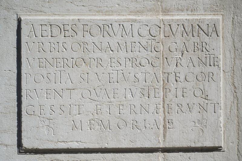 Inscription latine antique images stock