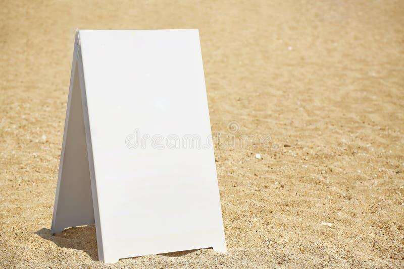 Insegna in bianco fotografia stock