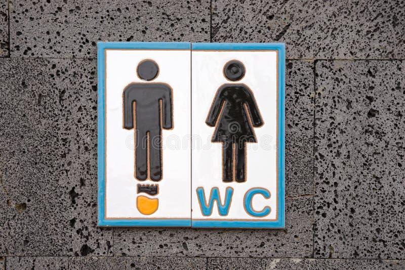 Insegna della toilette pubblica immagine stock libera da diritti