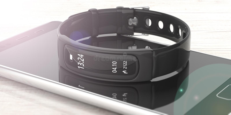 Inseguitore di forma fisica, orologio astuto e telefono cellulare su fondo bianco, vista del primo piano illustrazione 3D fotografia stock libera da diritti