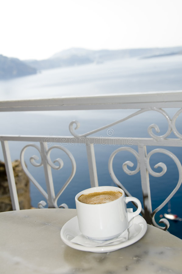 Insel-Ansicht santorini des Coffe Kaffee griechisches stockbilder