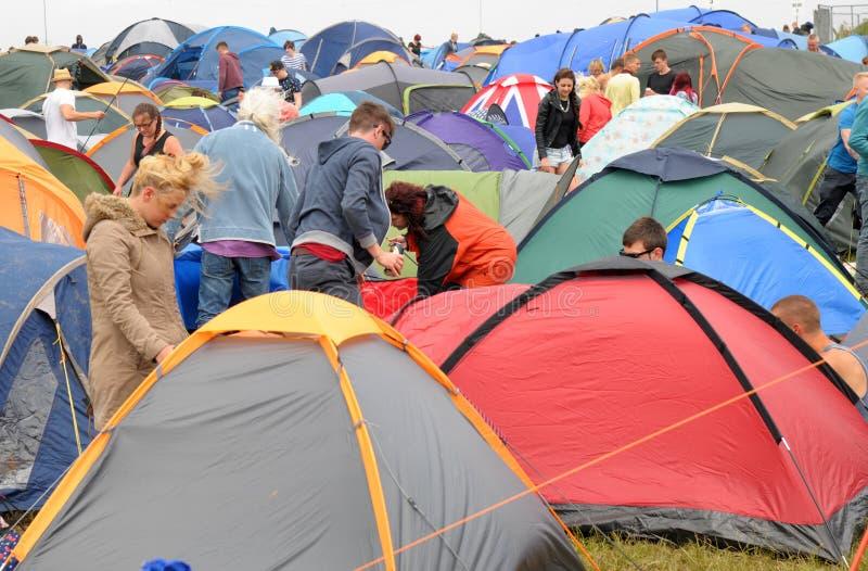 Insel des Wight-Festivalkampierens lizenzfreies stockbild