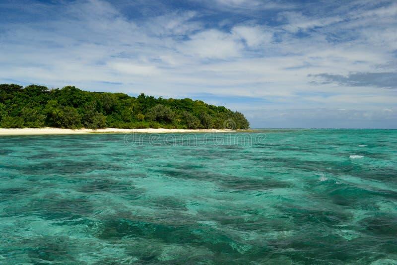 Insel im Blau stockfoto