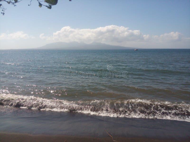 Insel im Horizont stockbild