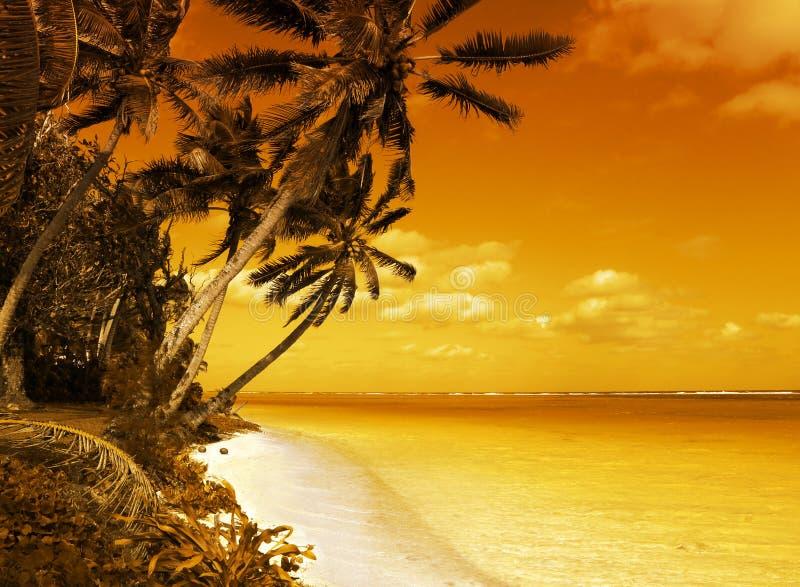 Insel-Lagune-Sonnenuntergang stockfotografie