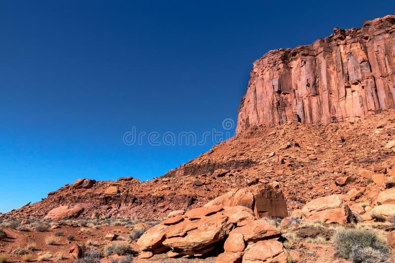 Insel Murphy-Hinter-Canyonlands NP im Himmel Utah lizenzfreie stockfotos