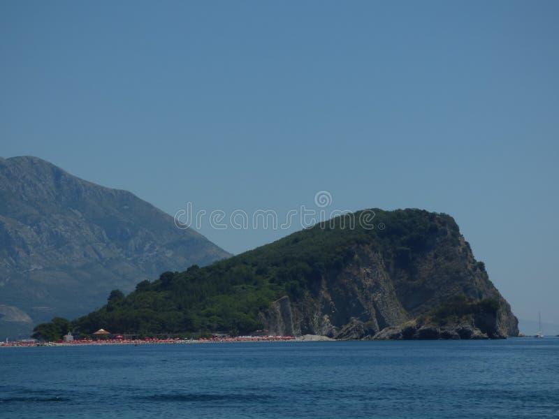Insel nahe Meer kostete in Budva, Montenegro stockfotos