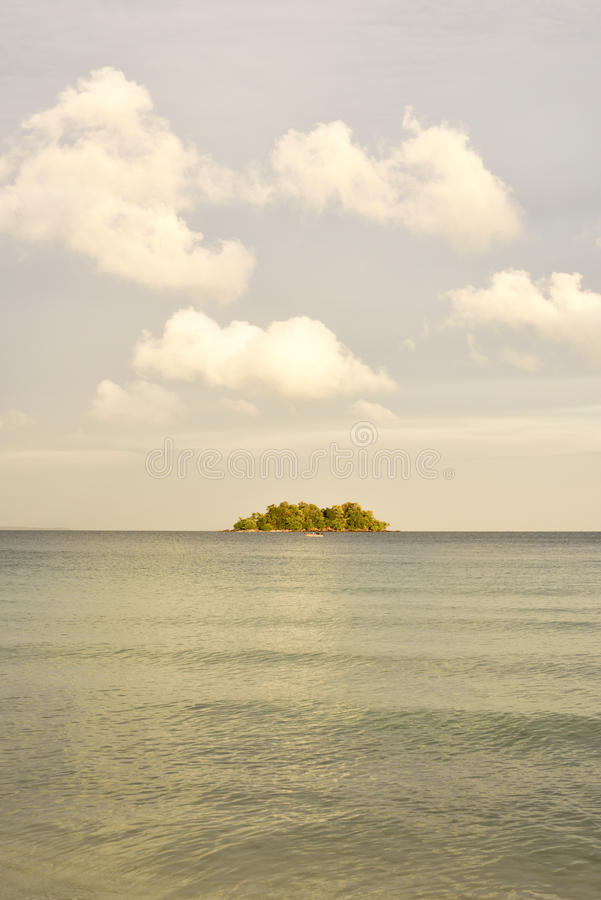 Insel-Sonnenuntergang stockfotografie