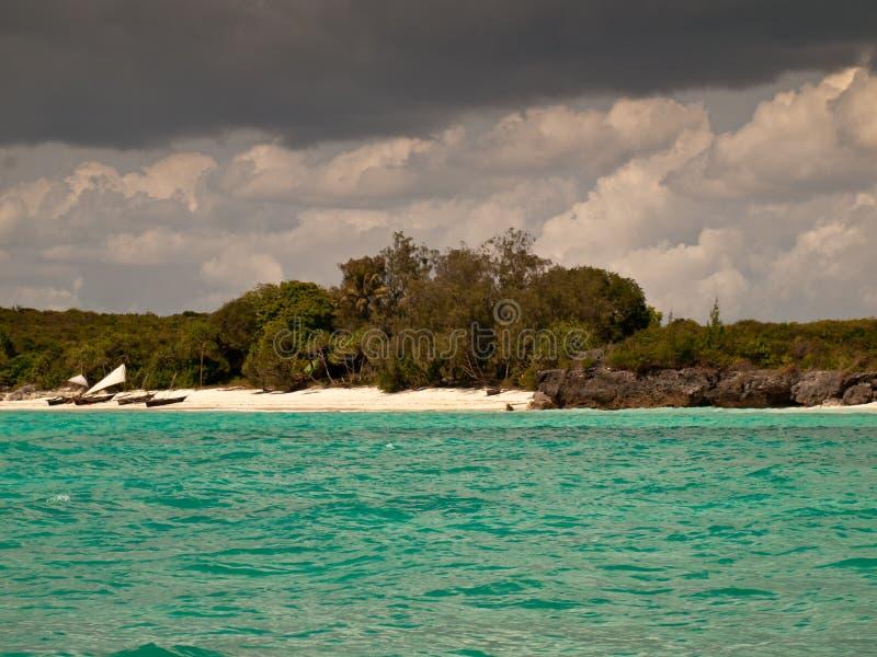Insellandschaft mit Booten  stockbilder