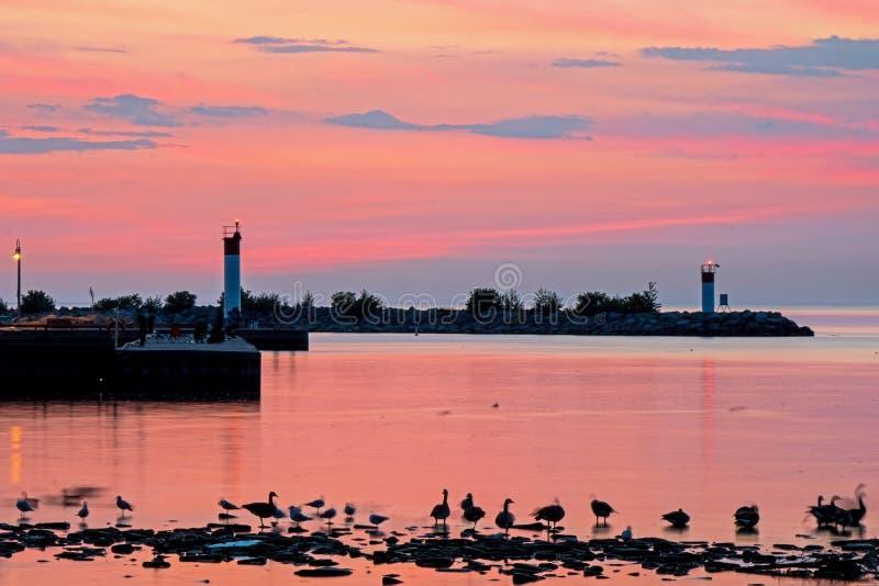 Insenatura ed il lago Ontario di Bronte ad alba fotografie stock libere da diritti