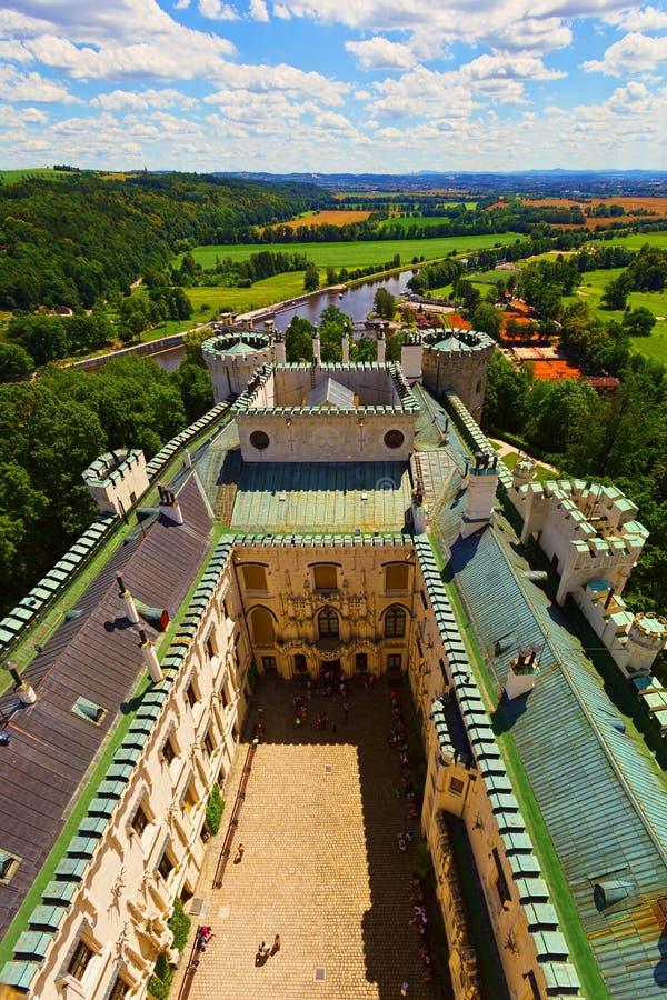 Insida av den Hluboka nad Vltavou slotten, Tjeckien royaltyfri foto