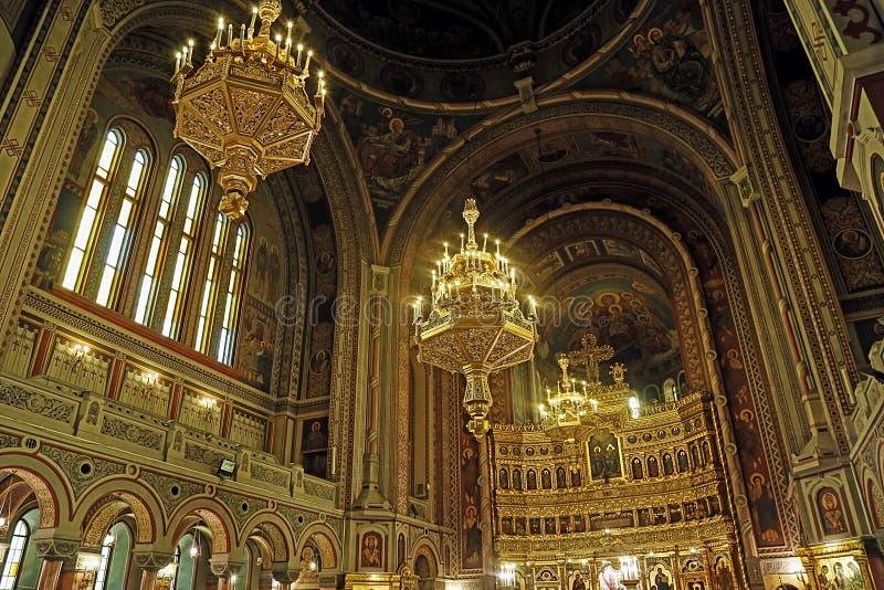 Insida i Timisoara den ortodoxa domkyrkan 7 royaltyfri foto