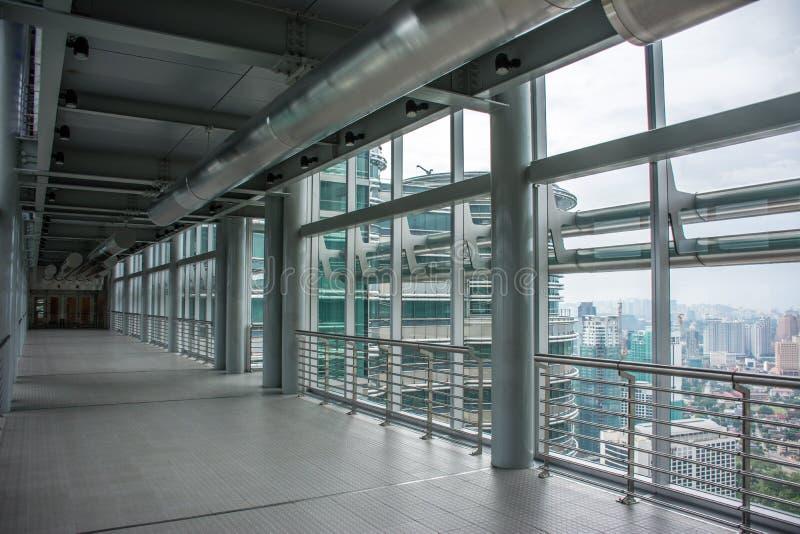 Inside Petronas bliźniacze wieże Skybridge fotografia stock